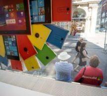 SUR LE FIL DE PRESSE… Les 100 entreprises les plus attractives selon Lindedin; Adieu Nokia, bonjour Lumia!; + Les réseaux sociaux.