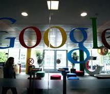 SUR LE FIL DE PRESSE: Facebook largue Bing et veut son propre moteur de recherche; Le datajournalisme en progresssion; Google Actualités ferme en Espagne.