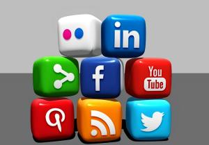 Réseaux-sociaux-pixabay
