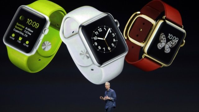 apple-watch-tim-cookdetail_25907