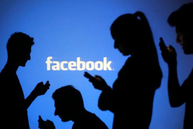 facebook-jeunes-américains