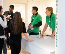 Starbucks Canada veut embaucher les jeunes Québécois