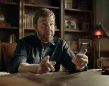 Échos de l'industrie: Chuck Norris dans un jeu mobile, ça sent les vacances en Europe, le premier yogourt à l'aloès en Amérique