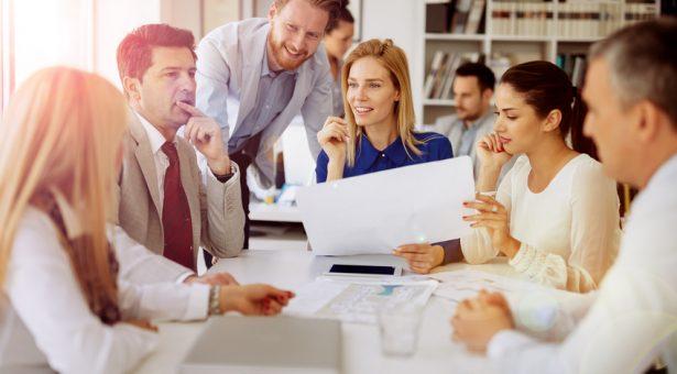Comment prendre le contrôle d'une réunion