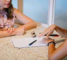6 comportements non verbaux «parasitaires» à éviter en entrevue