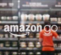 Fil de presse : Amazon envisage 3000 magasins sans caissier, Sirius acquiert Pandora et les pages Facebook peuvent rejoindre les groupes