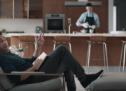 SkipTheDishes lance sa nouvelle campagne avec Jon Hamm