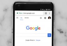 Comprendre l'attaque de la justice américaine contre Google en 4 questions