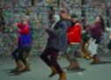 Alaclair Ensemble s'attaque aux mauvaises habitudes de recyclage dans un vidéoclip humoristique pour la ville de Laval