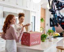 Une identité visuelle revisitée et une nouvelle campagne publicitaire pour Cook it