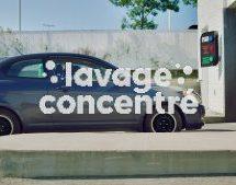 Dans sa nouvelle campagne, la SAAQ repense le lave-auto pour lutter contre la distraction au volant